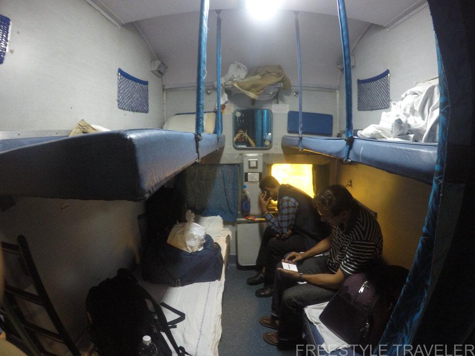 めっちゃ快適?インド鉄道の2等車に乗ったので詳細をまとめたよ!
